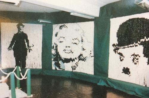 紙風船壁画